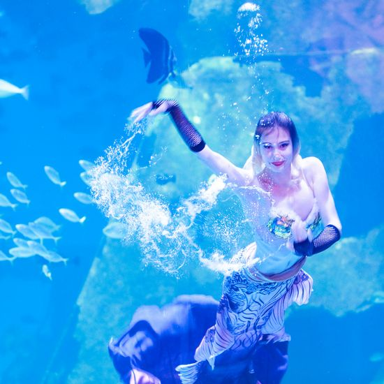 Underwater Mermaid Show at Andasi Phuket
